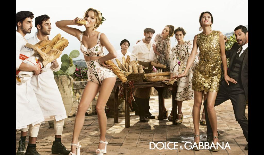 dolce-and-gabbana-spring-summer-2014-campaign-ad-women-collection-featuring-bianca-balti-eva-herzigova-marine-deleeuw-coins-dress-1124x660-horizontal