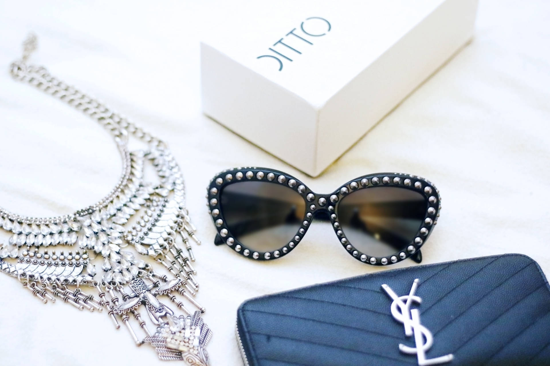 266f9d71e5ec Ditto Endless Eyewear Review - MADAME OSTRICH